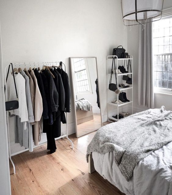 Simple Bedroom Decorations