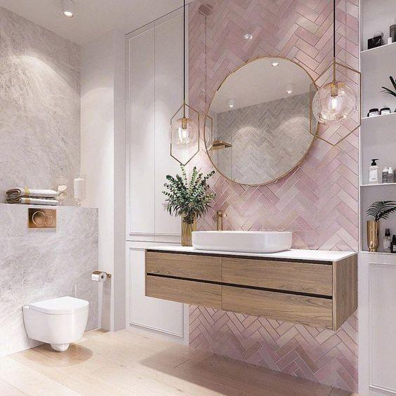 Soft Luxurious Bathroom Look