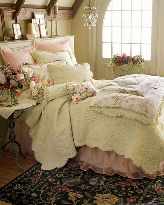 Luxurious Shabby Chic Bedroom