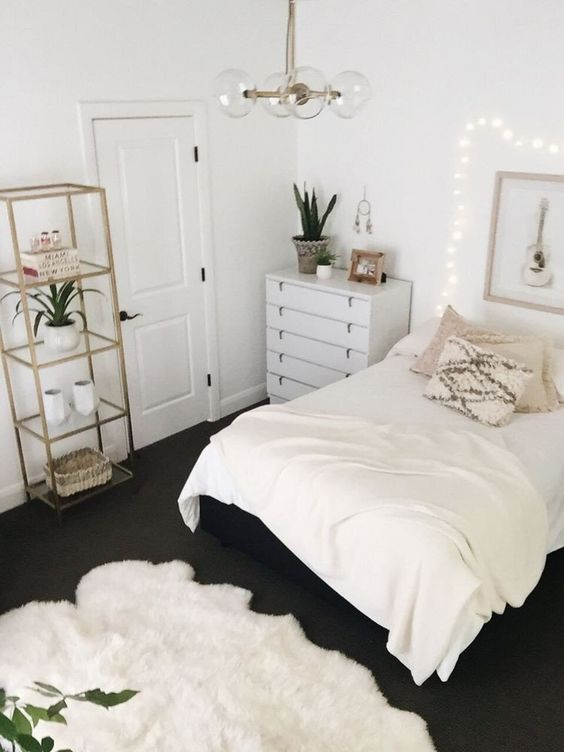 Small Bedroom Apartment Decor