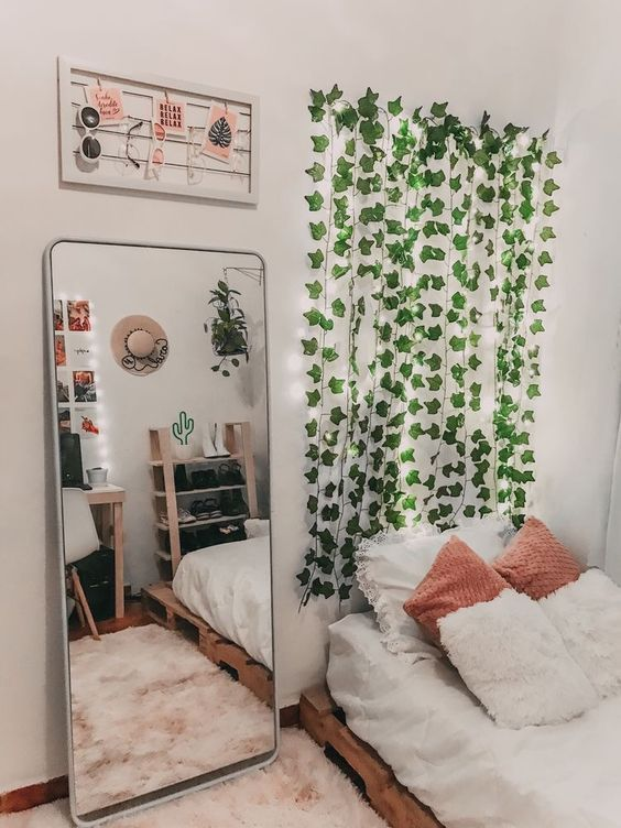Lending Mirror for The Small Bedroom Decoration