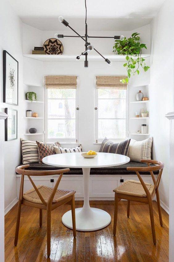 Beautiful Wall Dining Room Decoration