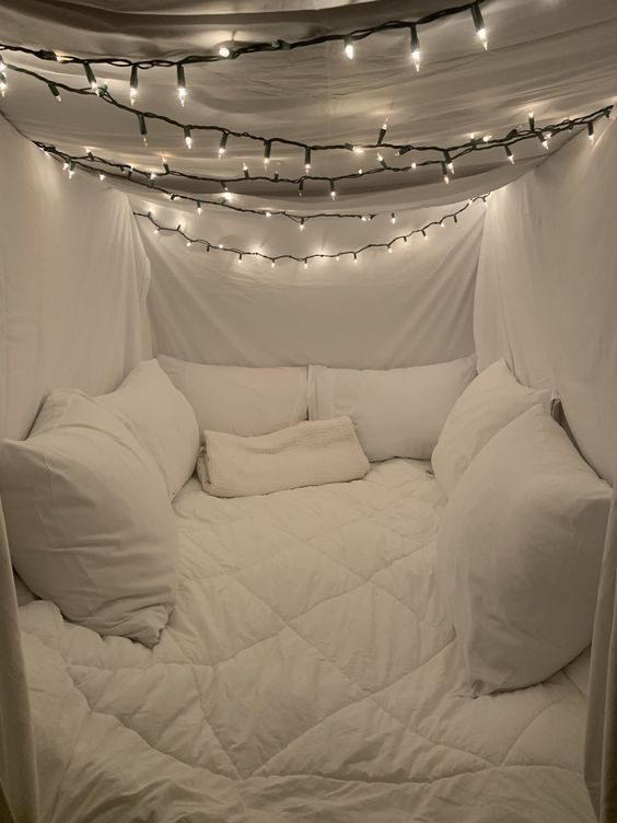 beautiful bedroom with string light